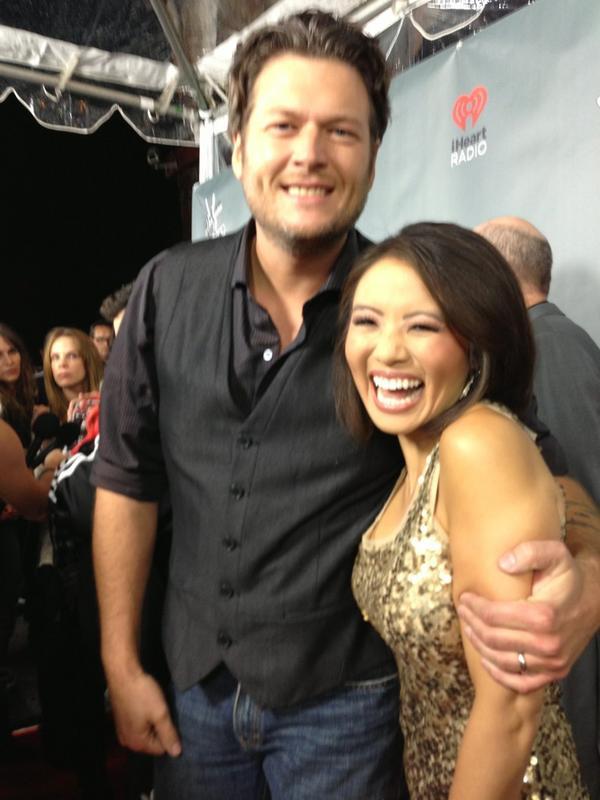 Ahhhhhh Blake Shelton! http://pic.twitter.com/YyPTAspM