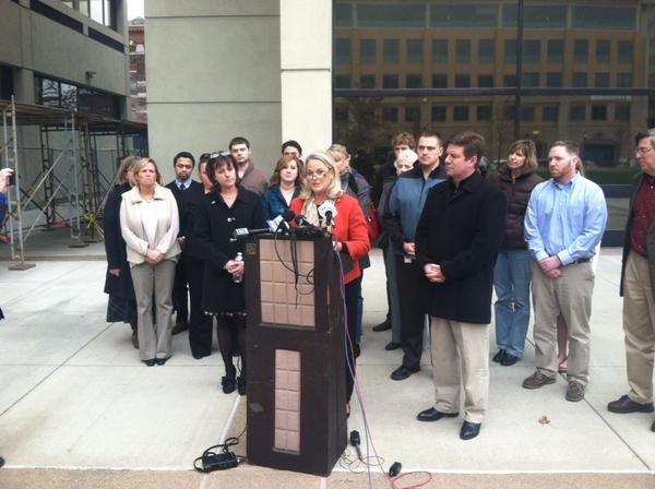 @RepBuerkle conceded outside Federal Building #Syracuse. #ny24 #315elex http://pic.twitter.com/SE7QKlhv via the always on top of things @robertharding