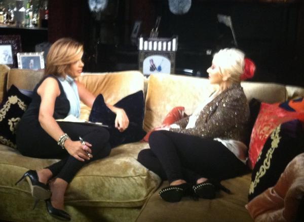 [Video+Fotos] Christina Aguilera entrevista por NBC Dateline [16/11/12] A7V8lpPCcAEIT9g