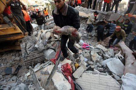 Dalu family house in Gaza this afternoon - 10 killed but they were not the target