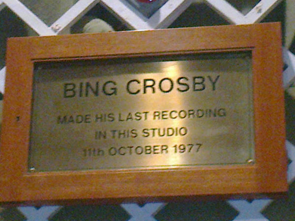 A7lTVs8CAAA3WuS - Maida Vale Studios