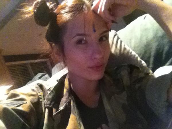 Shay Maria  - Hey Wendy!! twitter @KozyShay