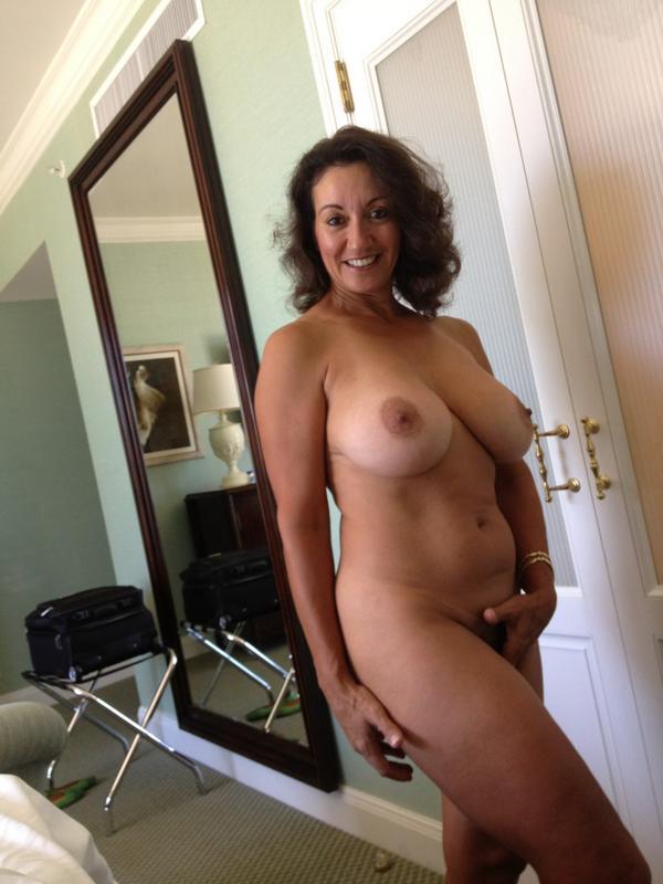 Mom gorgeous naked
