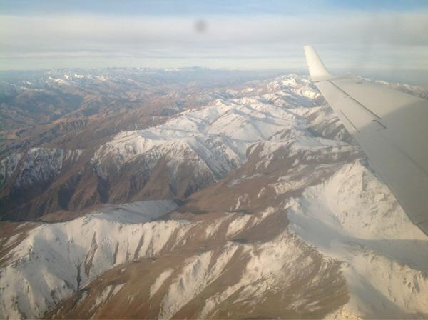 This is #Afghanistan from the air just north of #Kabul. Rugged and beautiful. pic.twitter.com/hclK8vSB
