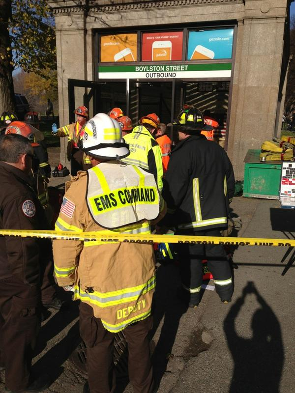 #morephotos outside boylston t station. Where the crash actually occurred unknown right now. More details as they come http://pic.twitter.com/nKIU5i1n