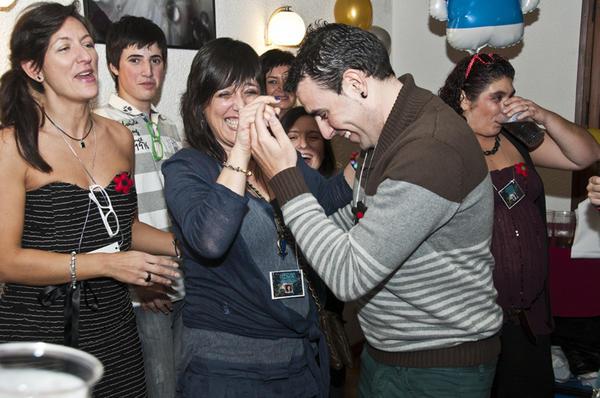 ~~~~~~CUMPLEAÑOS DE MARIA~~~~~~~~16 DE NOVIEMBRE DE 2012 A8E8L3UCMAA_fYW