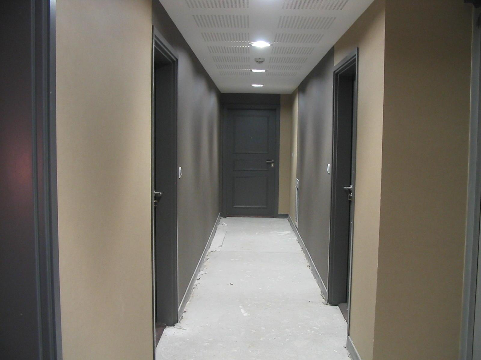 Fa ades c t nord - Couleur peinture couloir sombre ...