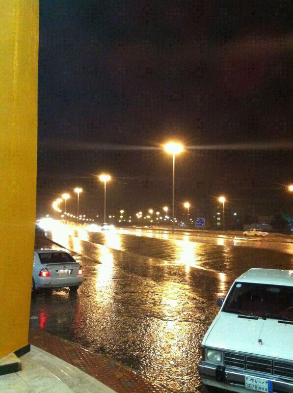 أمطار حائل اليوم الخميس 8-1-1434 A8VAQvMCcAEBy5l.jpg
