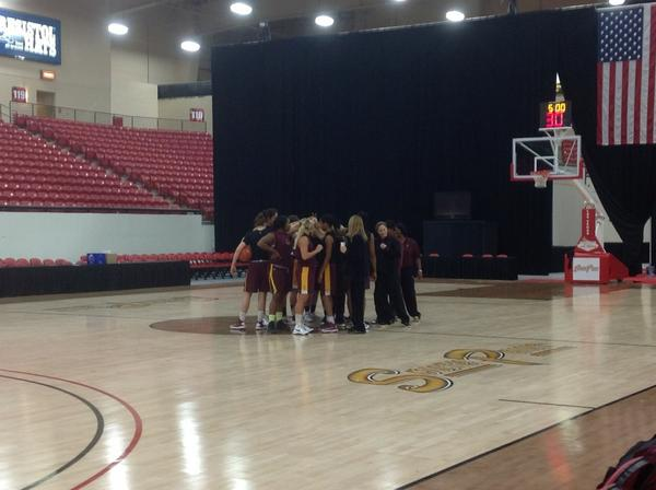 RT @SunDevilWBB: Just finished practice in Las Vegas! Now it's time to get ready for dinner! Happy Thanksgiving! http://pic.twitter.com/ZaUPiLbK