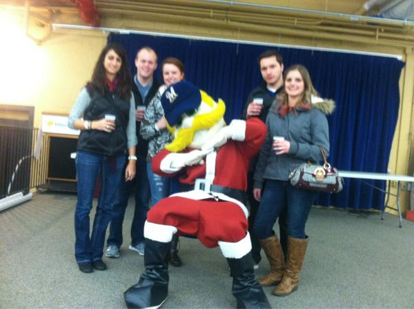 Just met @Bernie_Brewer #Holiday4Packs http://pic.twitter.com/rWCvLyAg