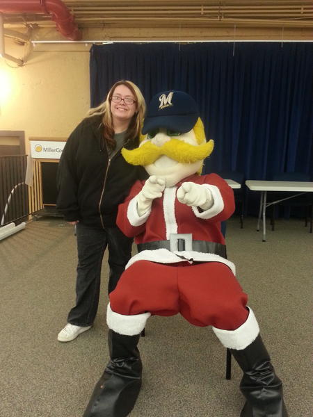 @bernie_brewer #holiday4packs http://pic.twitter.com/lYKLGh6D