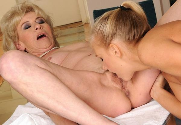 Son Eating Mom S Pussy - RunPorncom