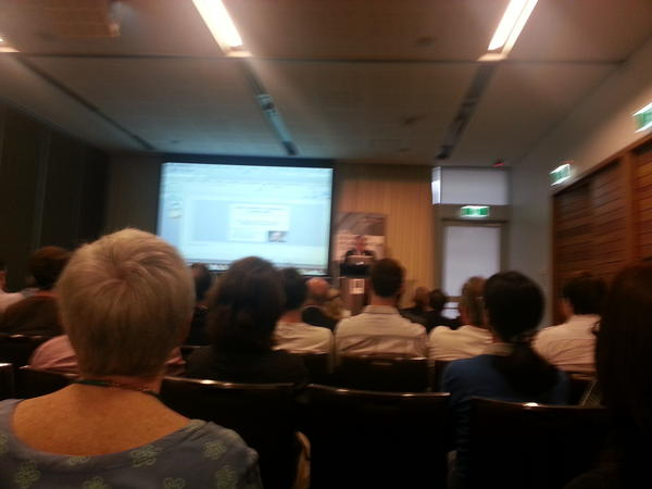 Edward Feigenbaum delivering the UTS Alan Turing Lecture #utsTuring pic.twitter.com/B5B8N1zz