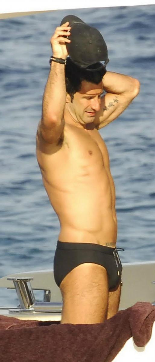 Imposible que te hayas olvidado de l, es Figo desnudo