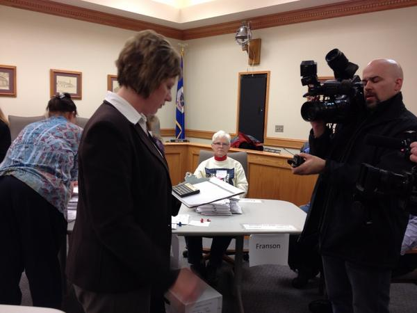The Douglas County recount is complete. Rep. Mary Franson remains ahead by 11. http://pic.twitter.com/JoXHfGsG