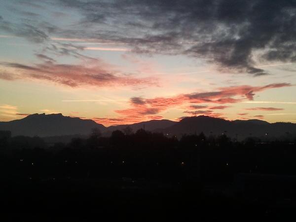 Amanece en San Sebastian. Fotografiando Twiiter desde Meteosal