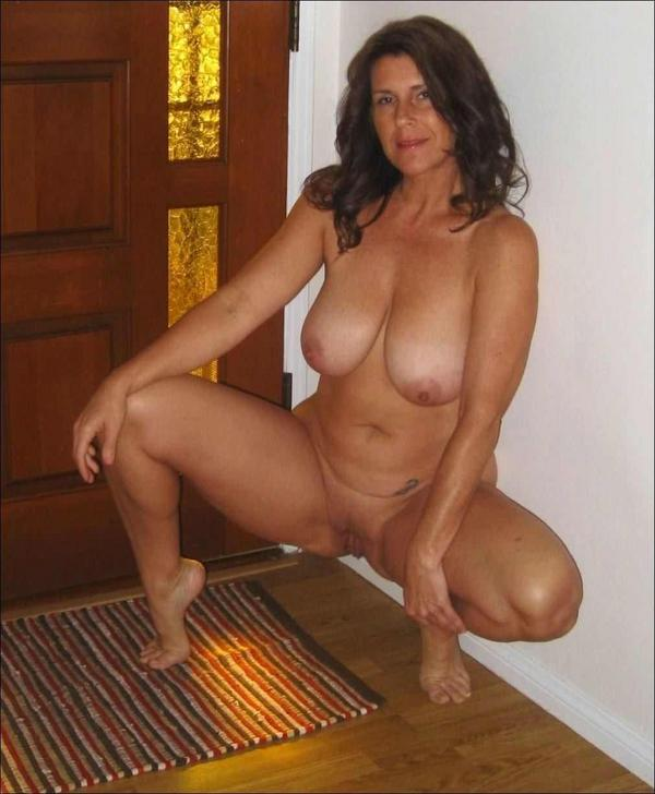 Mature Porn Picture Galleries at Graceful