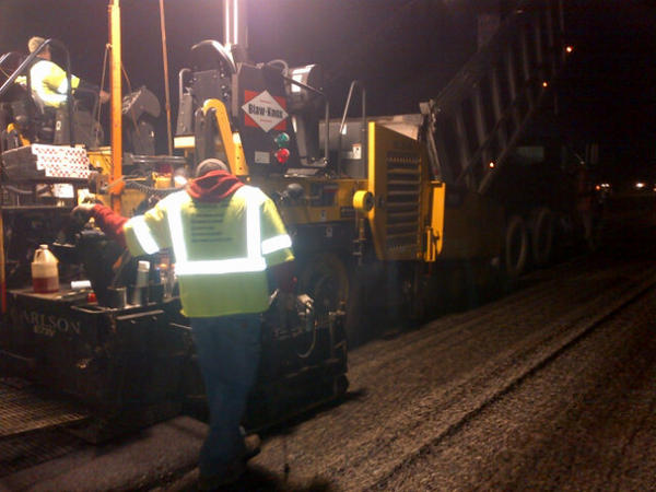 First load of Hot Mix Asphalt going down on I-77 Northbound. http://pic.twitter.com/ut2f0ToO
