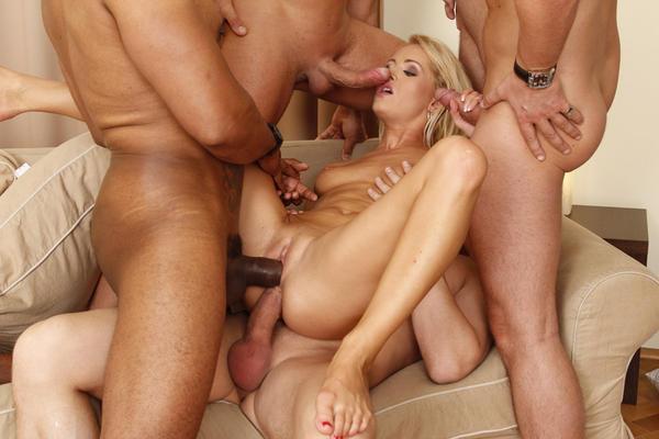 Блондинка тройное проникновение 6