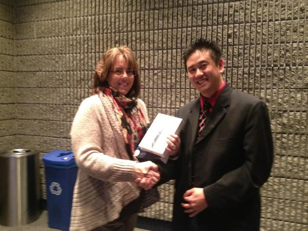 Congratulations Brenda Davis on winning the iPad Mini. Thank your for your perspective on learning #Vision12 http://pic.twitter.com/QxmpN05k