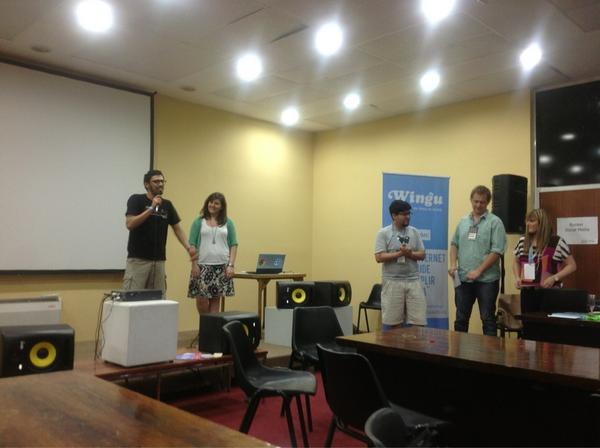 Malev y Aran presentan el prototipo ante el jurado de DAL2012