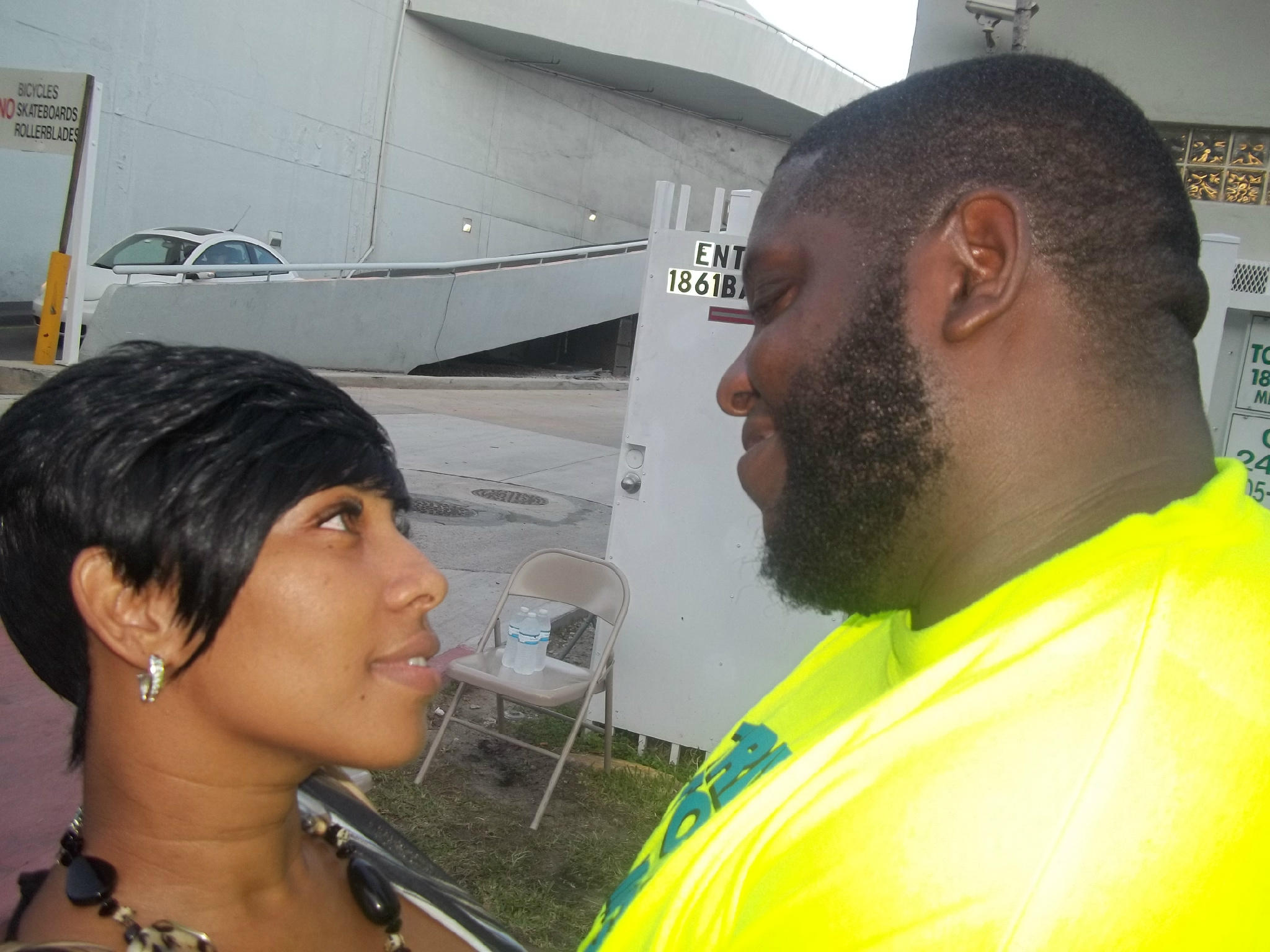 Crazysexystalkersbt On Twitter On Set Of South Beach Tow Me An J Money Http T Co 4bu5xgbo