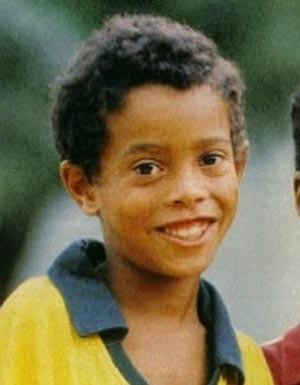 Ronaldinho As A Kid Playing Soccer