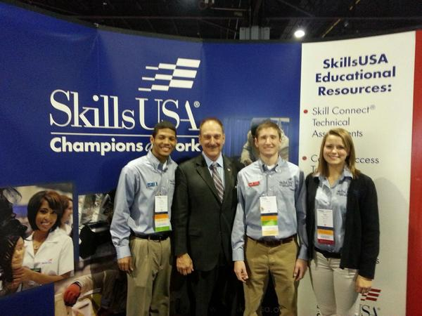 RT @SkillsUSA: One more shot from the ACTE conference. #vision12 http://pic.twitter.com/4UhQvm5L
