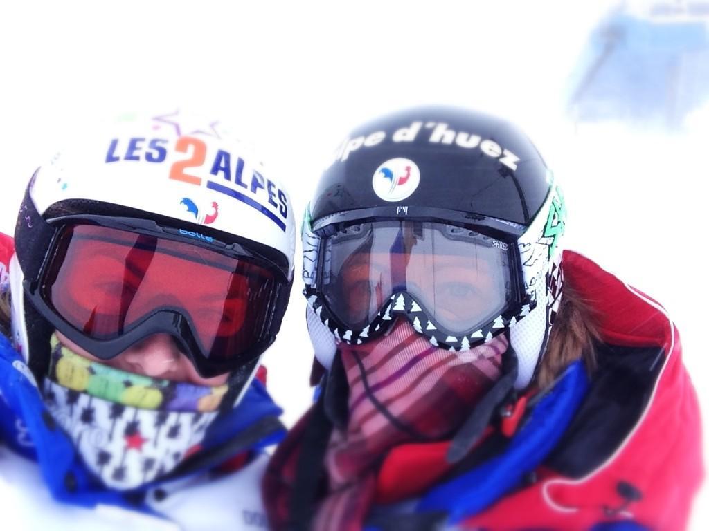 Marion Rolland si Jennifer Piot in St. Moritz azi (via M. Rolland)