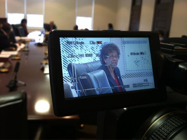 #scsu interim prez Cynthia Warrick still running University. Still no permanent prez 9 months after fmr prez quit. http://pic.twitter.com/sneccifD