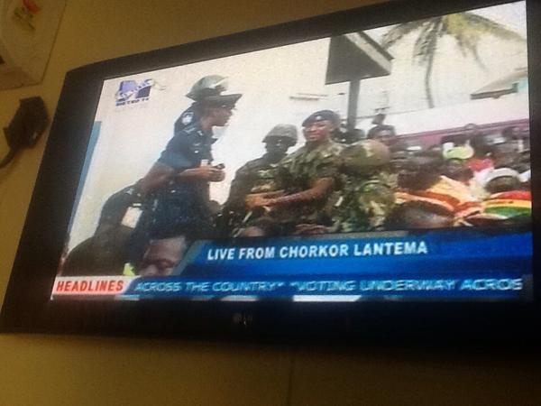 RT @akwasisarpong: Army called in to help police control crowds. #Ghana election . Live pictures on Metro TV, BBC local partner http://pic.twitter.com/afnElE5g