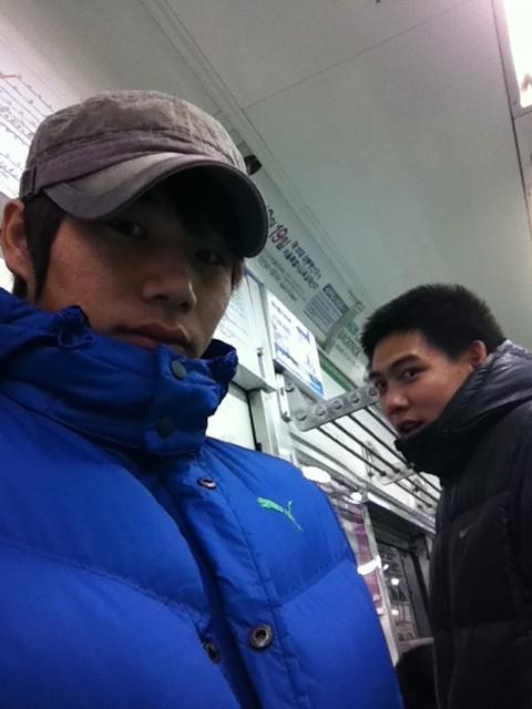 지하철 데이트~~ http://t.co/btkdnBAL
