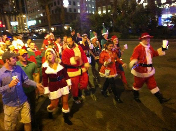Spud Hilton On Twitter Tracking The Krewe Of Kringle Drunken Santa Pub Crawl Through Neworleans Nola Http T Co 7jsqcyhu