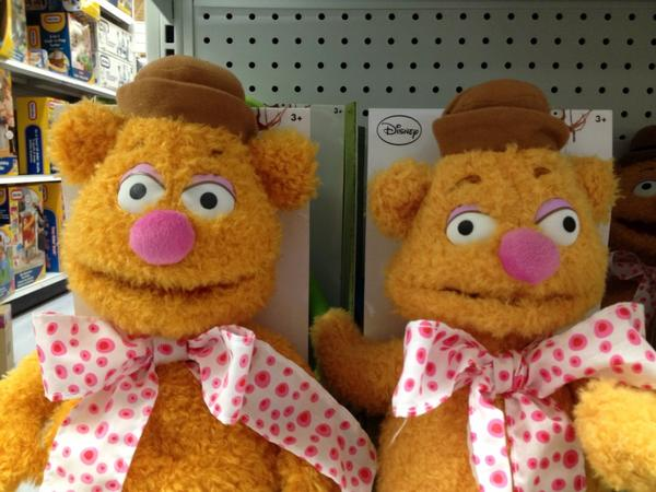 """Jeez, you can purchase regular """"Fozzie"""" or special """"Hit with a hammer Fozzie"""" http://t.co/V8yuH2Ww"""
