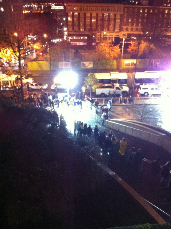 Hours later & cheering crowds are still welcoming newlyweds from City Hall #MEDaYWA #sharethelove pic.twitter.com/F5VIYA8f