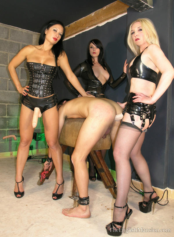 gangbang bdsm strapon fun