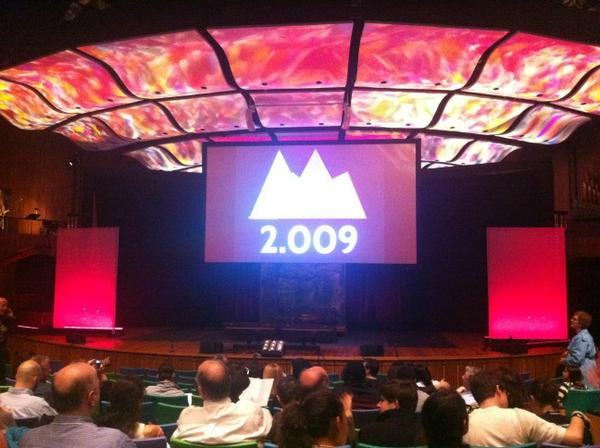 For the uninformed, 2.009 is the senior year Mechanical Engineering course, focused on product design. #2009MIT http://pic.twitter.com/Jr2a7hcT