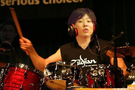 test ツイッターメディア - 川越シェフがドリームシアターのドラムオーディションで激しくドラムを叩いてる画像ください  https://t.co/BIuEemRvyS