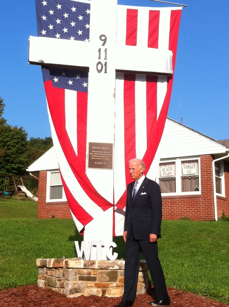 Twitter / VP: PHOTO: VP in front of a cross ...