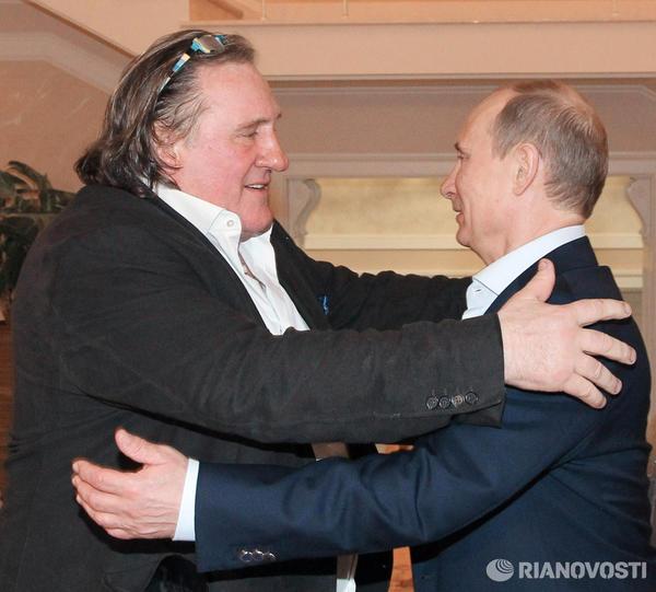 Depardieu looks like he's eyeing up his next meal: RT @niktwit http://t.co/Fc0ocDiK #Depardieu
