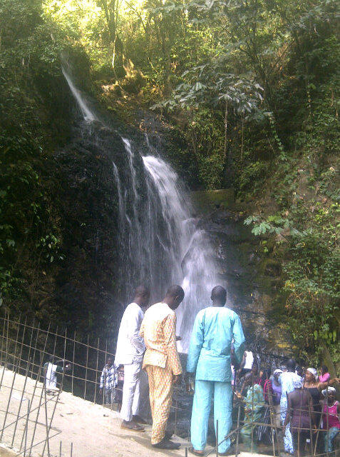 Level one waterfall! #ErinIjesa #osun2013 @molarawood @toluogunlesi @emmaiduma http://pic.twitter.com/IxpyWKKg