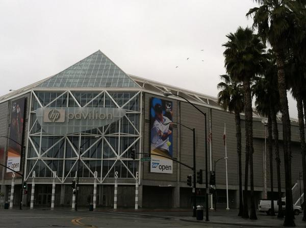 Could there soon be sharks hockey again?! Live from #HPPavilion with the latest on the @NHL lockout @abc7newsBayArea http://pic.twitter.com/SWZlNLGP
