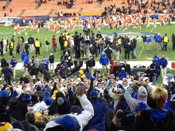 Congratulations SJSU Military bowl Champs 2012! http://pic.twitter.com/97lZ4zq5
