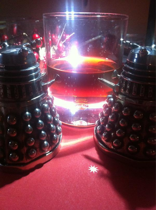 Just me, the Daleks, and a large scotch and coke before bed... #drwho #exterminate http://t.co/IzcWiThd