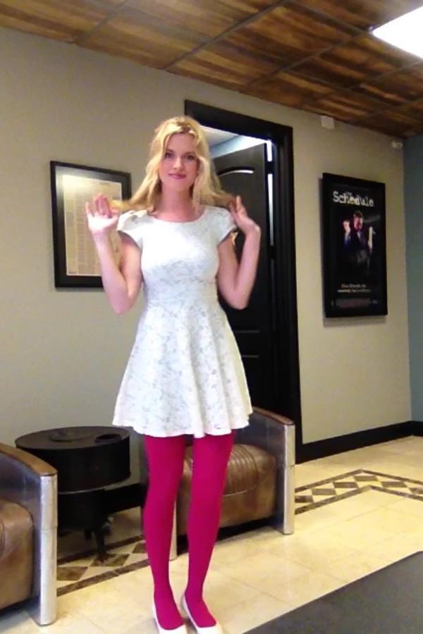Barbara Dunkelman On Twitter Pink Tights Or Bad Sunburn You Be The Judge T Co 4xlqklbo