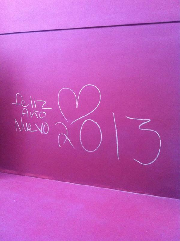 Feliz año!!! Los quiero a muerte! http://pic.twitter.com/0ylmGqcx