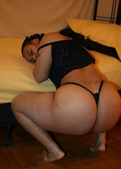 #ThickThursday #ThongThursday http://t.co/DFzjqqWy