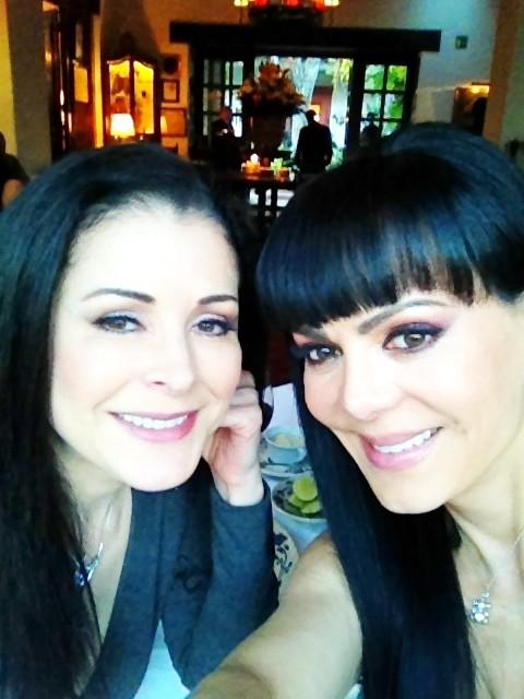 "Maribel Guardia on Twitter: ""Con mi hermana Lourdes Munguia comiendo y ..."