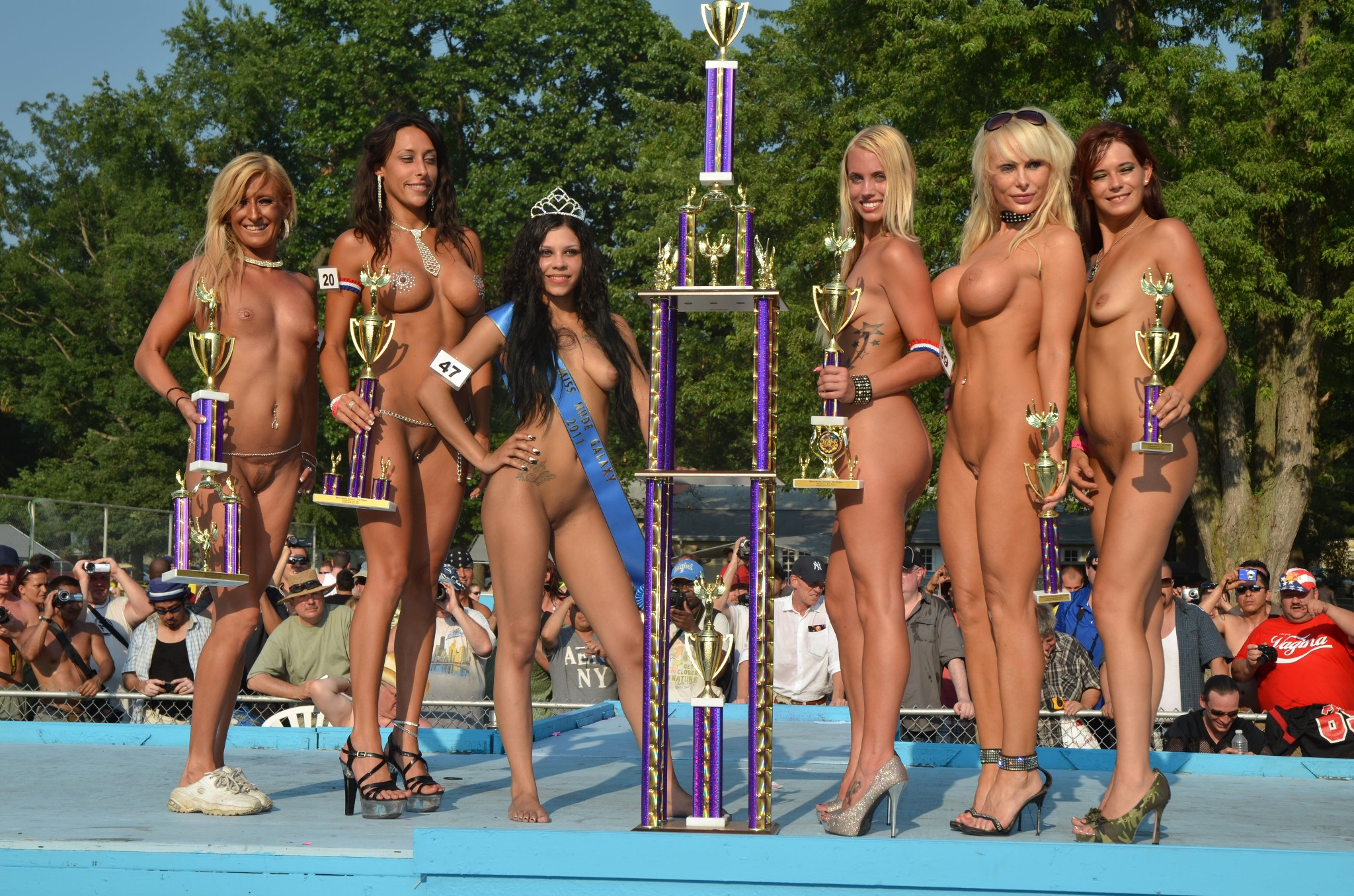 Miss nude galaxy contest