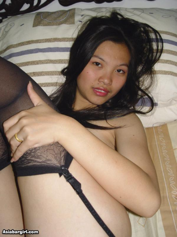 Cute Asian Slut 33